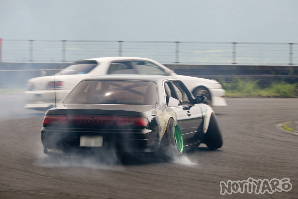 noriyaro_worst_c34_laurel_drift_car_on_steelies_04